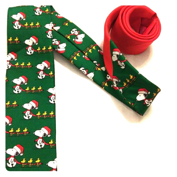 Snoopy And Woodstock Christmas.Snoopy Woodstock Christmas Tie
